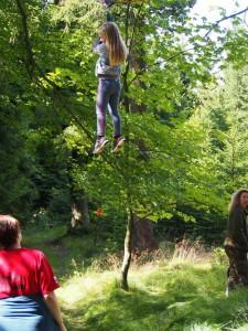 Kája Marková si chtěla zkusit také lanovku! A zvládla to!