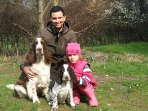 Yordan se svou vůdkyni, s Elenkou a Zarim.